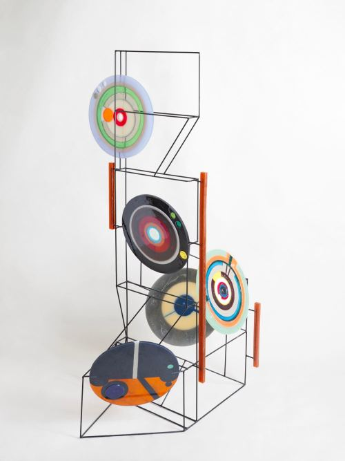 Jesse Greenberg, Lens Lock In Stance 1, 2016. Resin, pigment, steel, spraypaint, 88 x 33 x 26 in, 224 x 84 x 66 cm